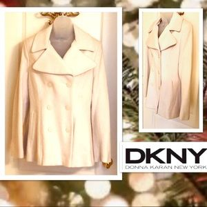 DKNY Coat in Winter White Wool/ Cashmere Blend🌟
